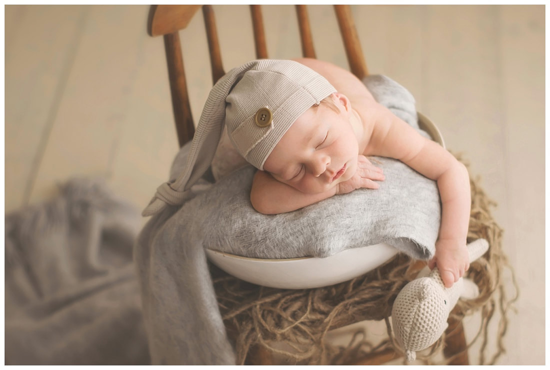 lake oswego newborn photographer